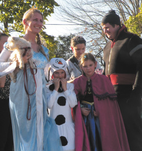 The Best Pet and Person award went to Mark, Aimee, Madison, Nick, and Dash Hulskotter as the cast of Frozen.
